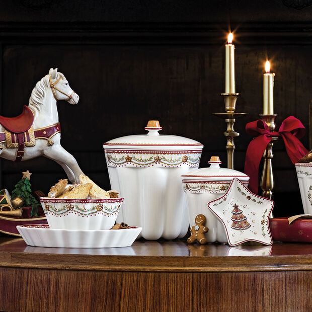 Winter Bakery Delight small jar Bundt cake, red/multicoloured, 13 x 13 x 16 cm, 720 ml, , large
